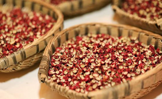 《新华•中国(武都)花椒价格指数2020-2021产年运行报告》在成都发布
